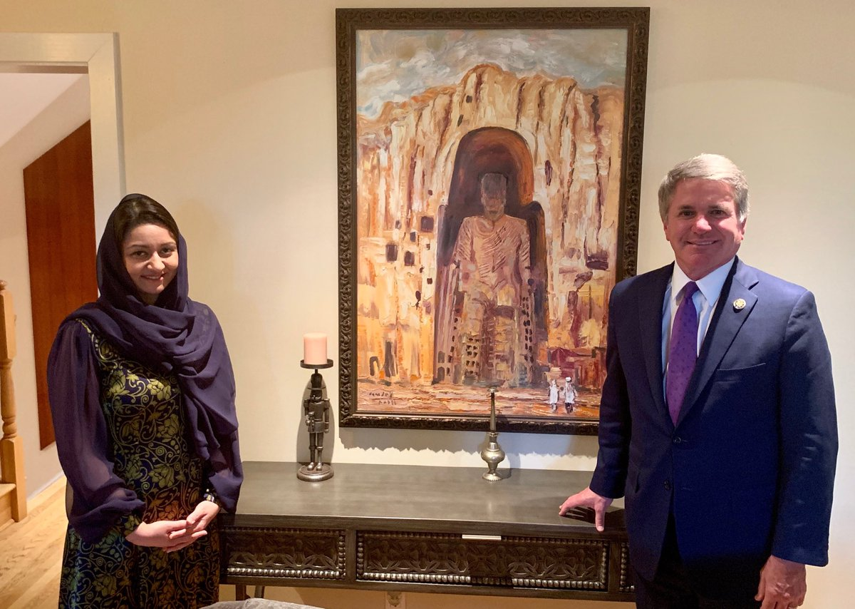 Had a productive dinner with @RoyaRahmani discussing the vital US-Afghanistan relationship. The people of Afghanistan deserve lasting peace and we must do what we can to help ensure that future.