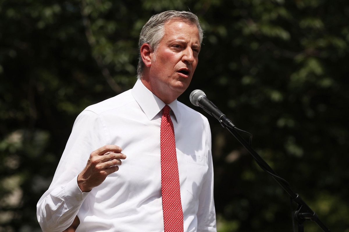 De Blasio plans to install Black Lives Matter mural in front of Trump Tower