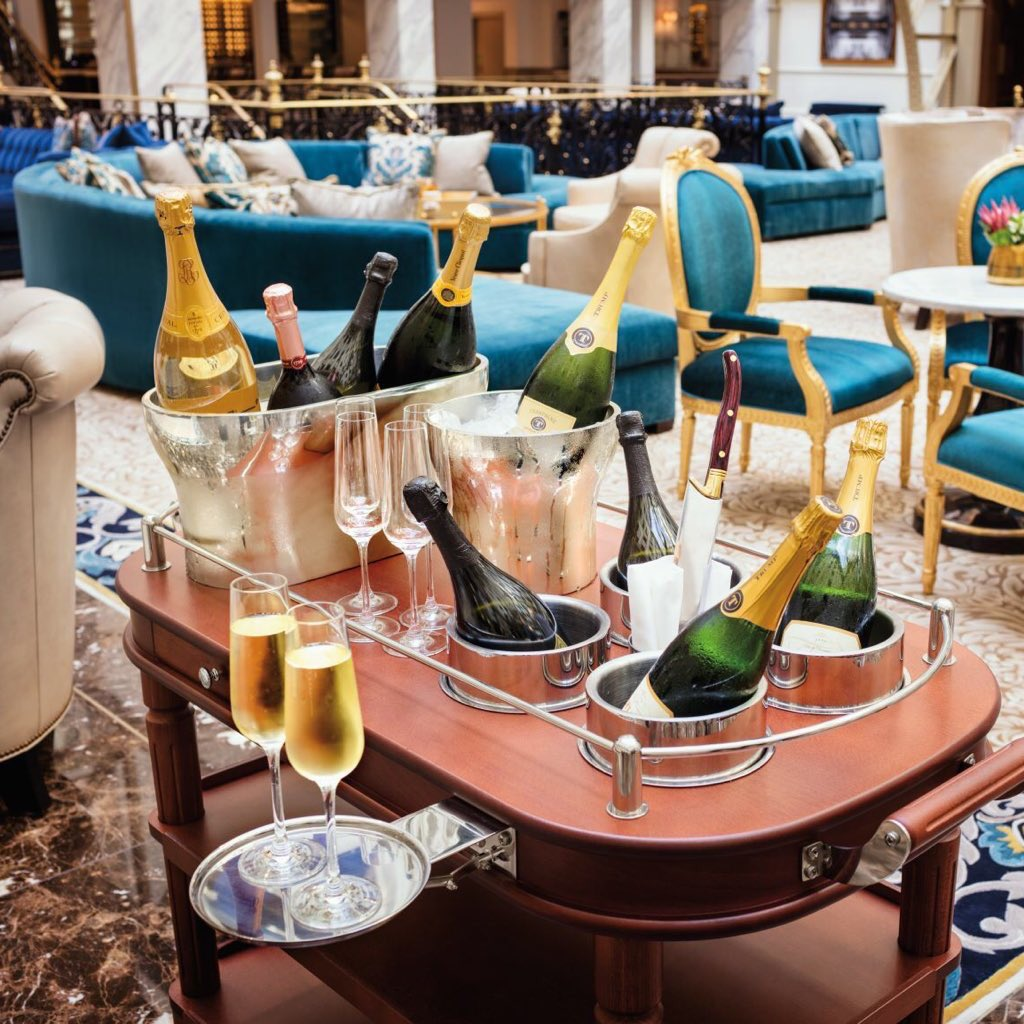 Celebrate Independence Day early with a visit to @TrumpDC's recently reopened Benjamin Bar & Lounge, better known as America's Living Room.🥂