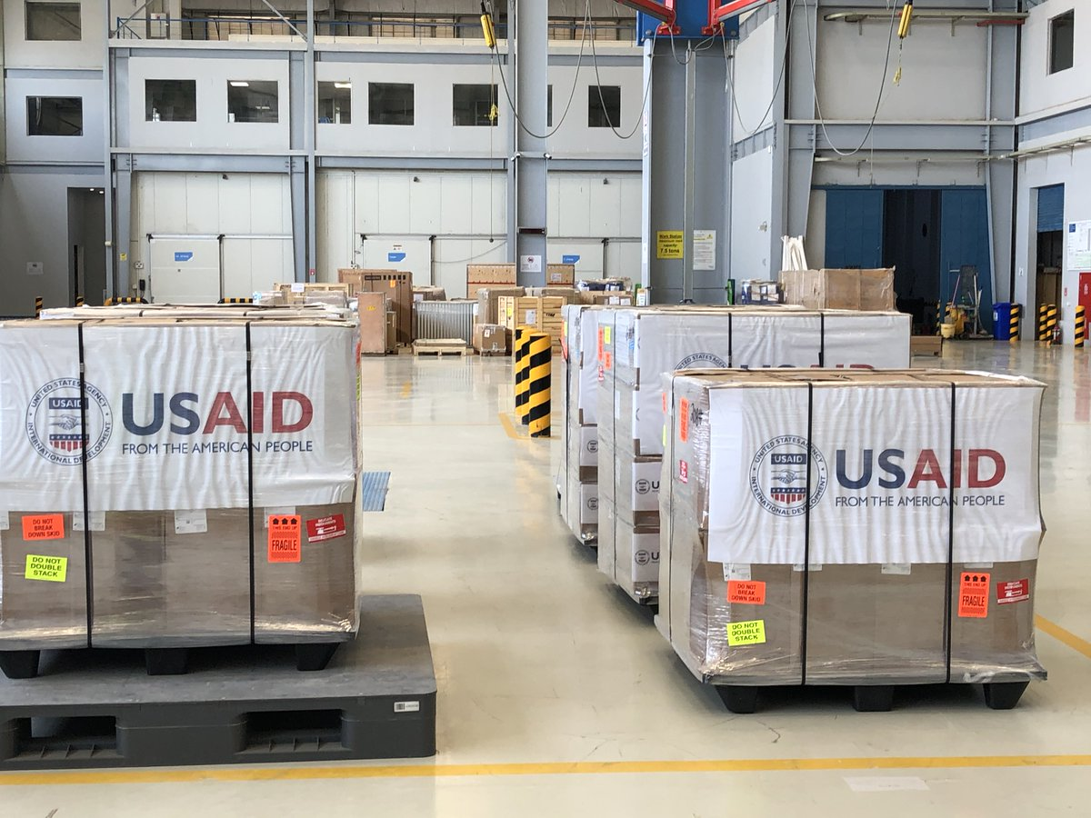 """The United States stands with Pakistan in its fight against coronavirus.  These American-made ventilators will help Pakistani patients in the most acute need of medical care,"" said #AmbJones about the donation of 100 U.S.-produced ventilators to Pakistan. #COVID #USPAK #USinPAK"