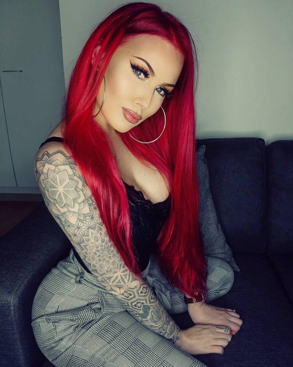 #SexyInk 🅃🄰🅃🅃🄾🄾  🄱🄰🄱🄴🅂 ❁༻✾༺❁༻❀༺❁༻✾༺❁ #tattoos #tattooed #hot #hotbabes #justinked #inked #inkedgirls ♡♡♡ᕼᗩᐯE ᗩ GOOᗪ ᗪᗩY♡♡♡ Carol janettt