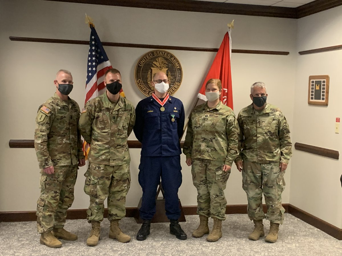Today I received a brief from USACE Command Surgeon CDR Thomas Janisko and two PhD Microbiologists, CPT Bryan Haines and CPT Cindy Vindman, on the COVID-19 State of the Science. We awarded CDR Janisko for an awesome job PROTECTING THE FORCE during this PANDEMIC. #ESSAYONS