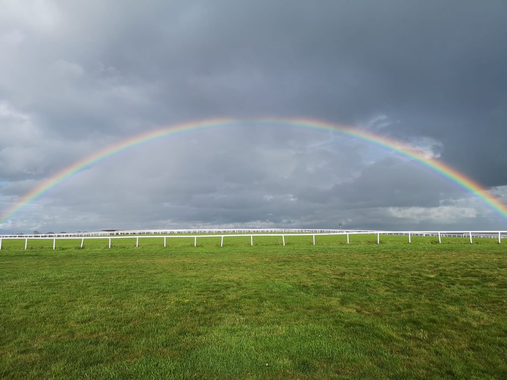 test Twitter Media - Who will find the pot of gold at the end of this after the Derby ?? @curraghrace @RTEracing @RacingTV https://t.co/I4aOuVIaKt