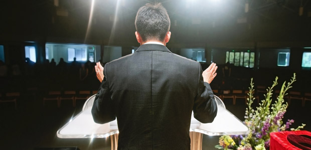 TRT-11 reconhece vínculo de emprego entre pastor e igreja