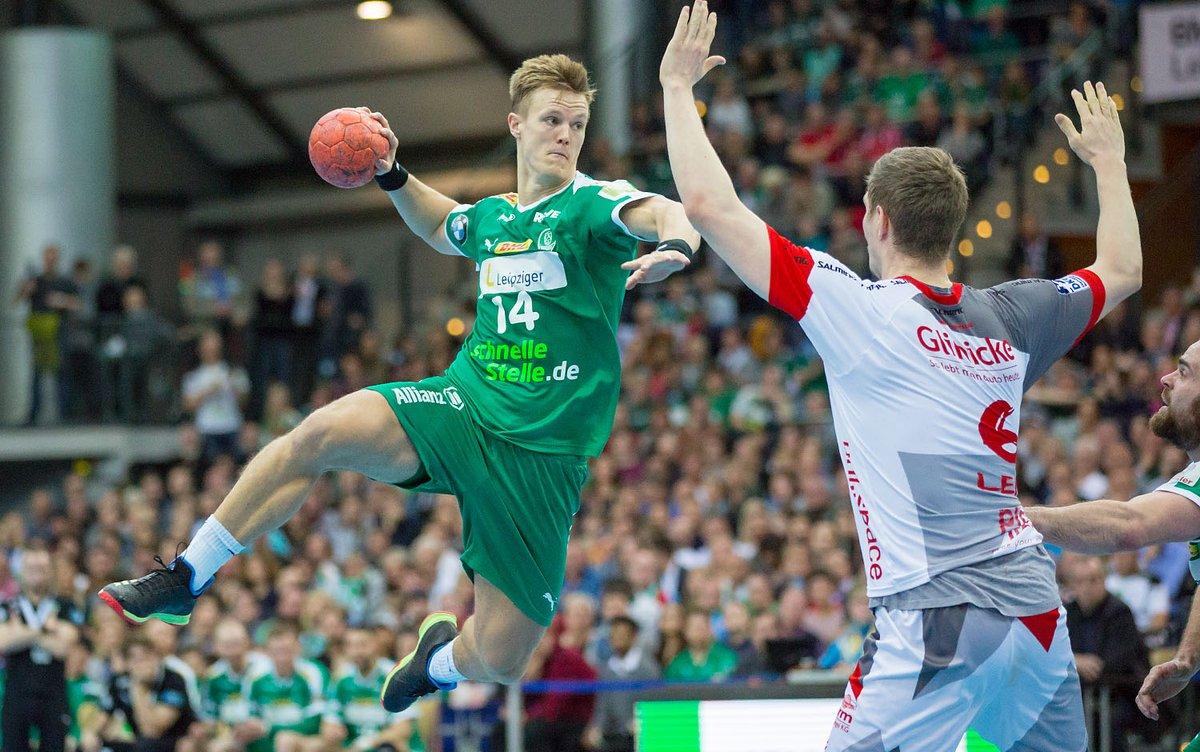 +++Vertragsverlängerung+++ Endlich ist die Tinte trocken! 🖊 Niclas Pieczkowski bleibt in der kommenden Saison beim SC DHfK Leipzig! 💚 Alle Infos findet ihr auf unserer Webseite! https://t.co/zhwBbb7iMl