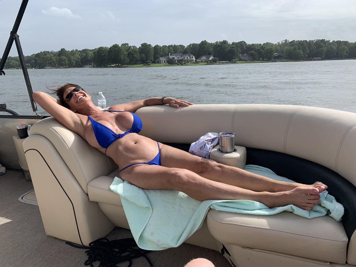 Enjoying a saturday afternoon on the lake just relaxing
