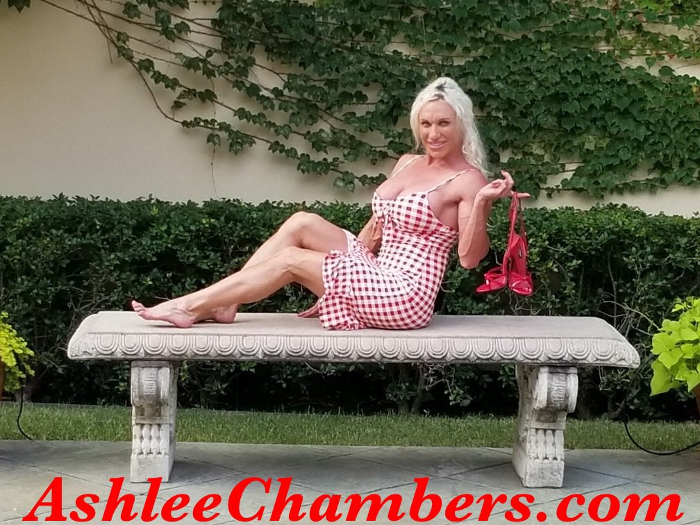 Teaser from my sexy photoshoot! I am shooting lots of sexy pics and vids for my site! #AshleeChambers #musclewomen #girlswholovegirls #pornstar #xxxlife #femalebodybuilders #musclefetish #shoesaddict #shoefetish #footfettish #MondayVibes