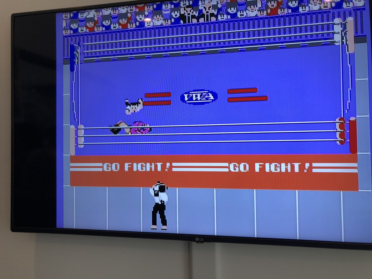That was seriously messed up, the game froze just as Star Man jumped on Fighter Hayabusa! I shall have my revenge, @tedcruz!