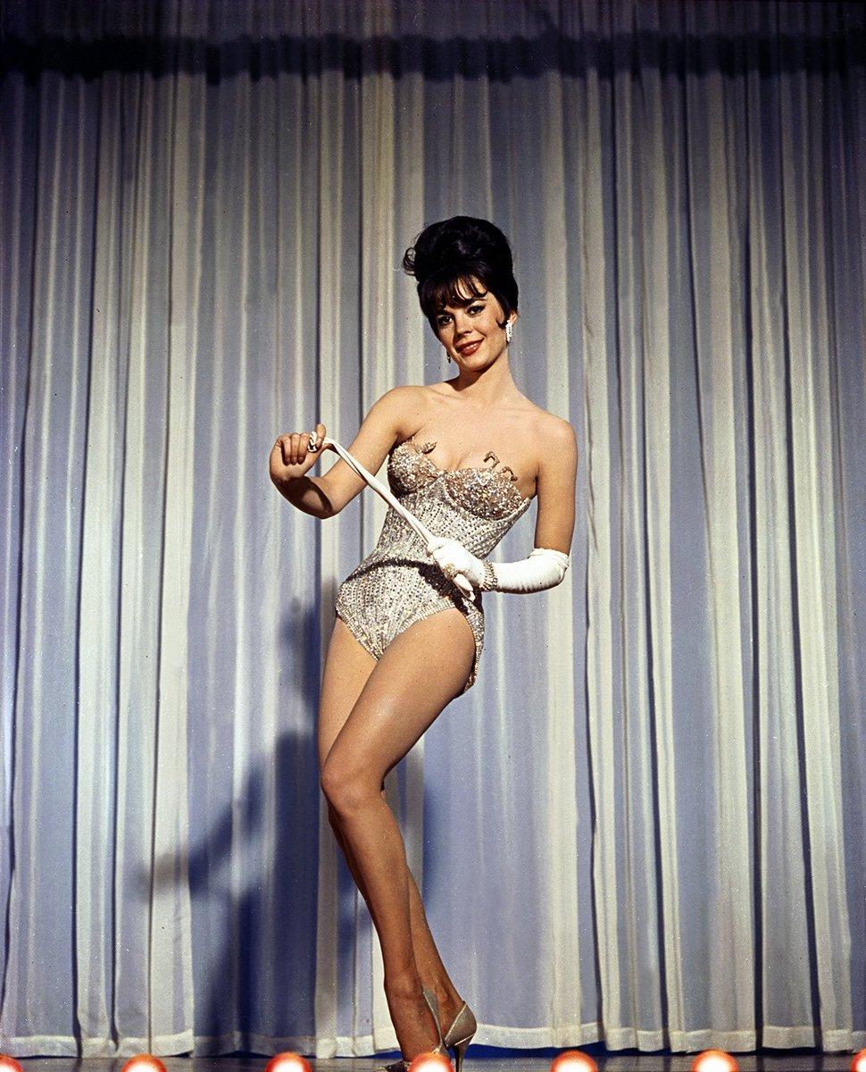 natalie wood in gypsy (1962) as legendary burlesque performer gypsy rose lee