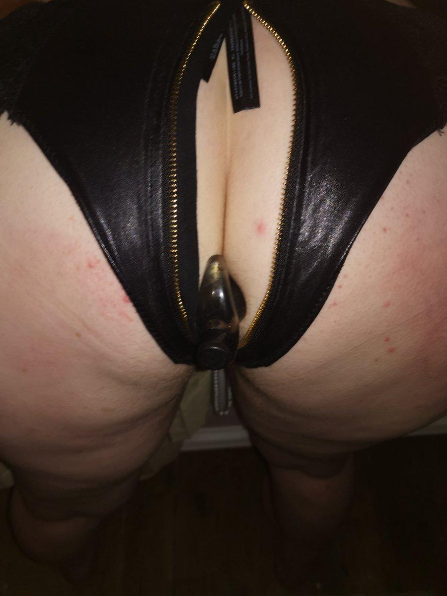 Mmm throbbing in my ass