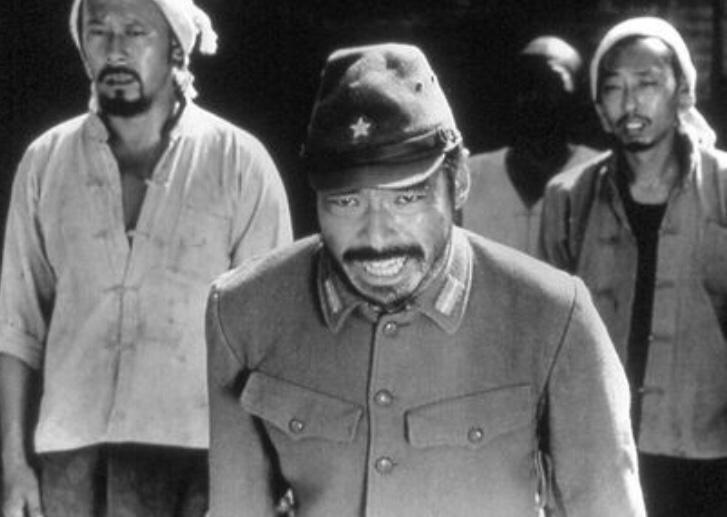 test ツイッターメディア - @d95ec83xhO7S5SA @tsuitarist このお方も 捜査一課長やったりカマキリ先生になったり 凄い俳優さんです😵 中でも『鬼が来た!』と言う中国映画の日本兵役は凄まじいです 生前の松田優作さんに「お前 松田優作になれるよ!」と言われたそうですが 近年の活躍ぶりは松田さんの予言通りと思えます☹️ https://t.co/lkgwhiD12J