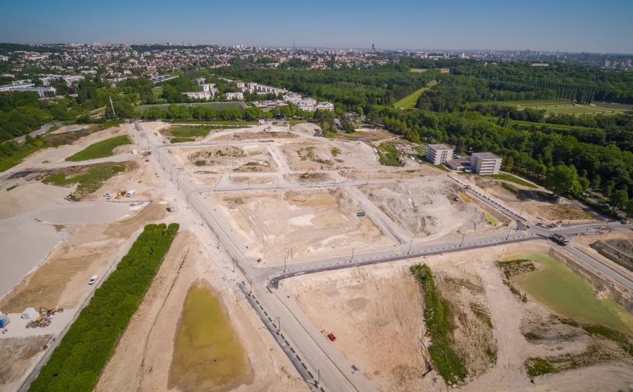 L'éco-quartier LaVallée à Châtenay-Malabry prend forme ! Les VRD terminés, les promoteurs d'@EiffageImmo peuvent à présent démarrer les travaux de construction des différents espaces qui donneront vie au quartier ✅ #EiffageForClimate