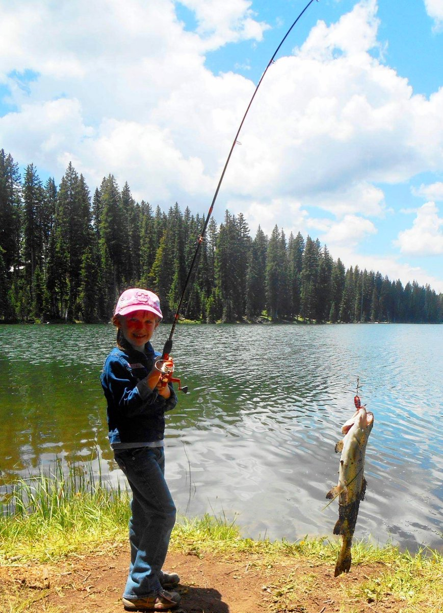 #Casting N #tvshow ? U know like a mountain adventure 1🤣 Think  it would set all other #Housewives into wt?#RockyMountainNATURALHighHousewives #WildAdventures #GoneWild for #Women #Girls told #Inspirational Prefer #Work #Play #Unscripted I'm still sore our L'il 👸🏻 out 🎣 me!