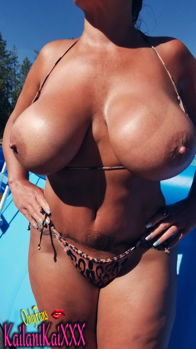 Happy Tanline Titty Tuesday!! 🔥🌞😎💋 Retweet if you want these floating around your..'buoy'! 😉  Join me! 😘❤     @ASRBABES @AdultBrazil @CANDYKPR @BigBreastPics @Bigtitbabes @BangBrosDotCom1