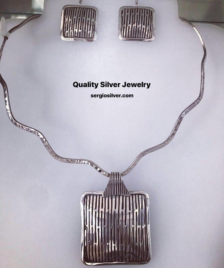 Shop for quality. Buy quality.  . #sergiosilvercoz #quality #silver #jewelry #pendant #earrings #choker #sterling #shopping #cozumel #shop #women #fashion #eshop #giftideas