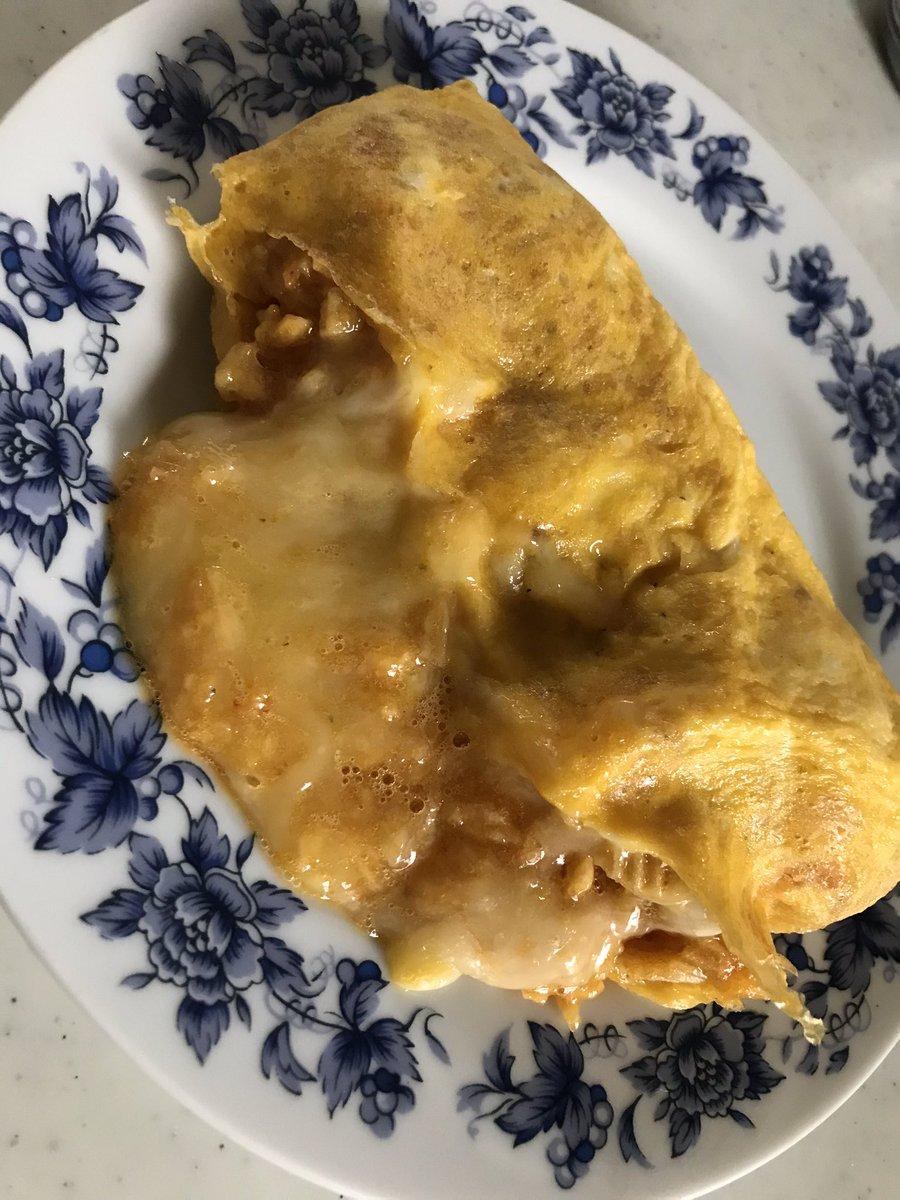 test ツイッターメディア - 亀田パパ式のオムレツ作ってみたw ピザポテト半分に卵3個、溶けるチーズをかけて10分茹でるw出来上がり  袋の形wそして、チーズが想像以上にグロいwww  が!めっちゃ美味いwwwwwwww https://t.co/ZdnThmS7Zw
