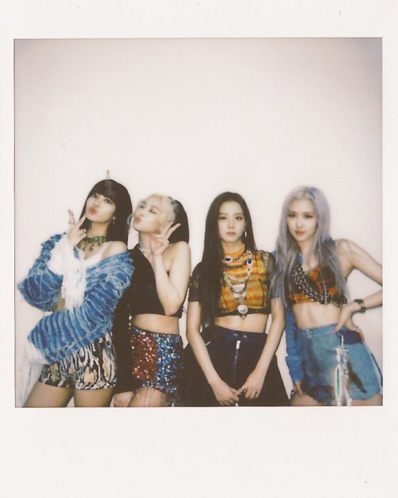 It's time to trend #HYLTonMusicCore BLINKS don't forget to tag @ygofficialblink @BLACKPINK