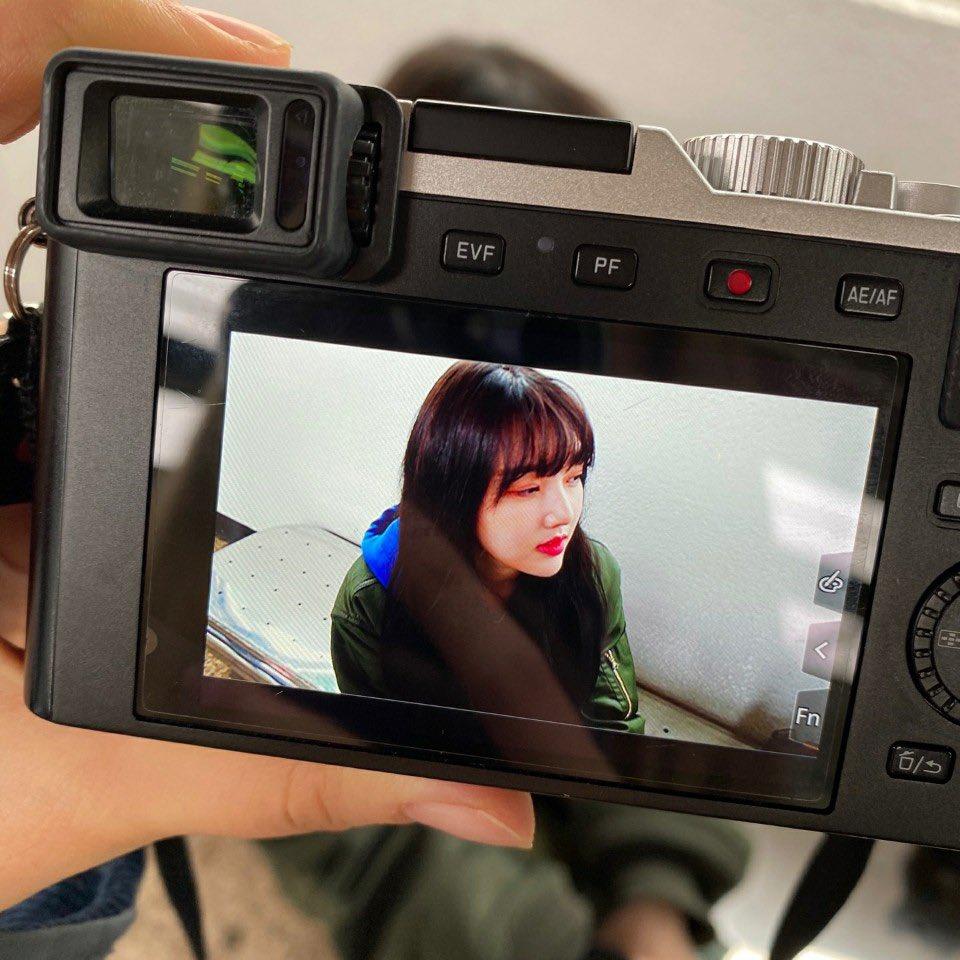 💛   [ #ヨチン_Day_イェリン ]   🐣         ♡       #GFRIEND       #ヨジャチング       #여자친구      #YERIN       #イェリン       #예린         ♡       ☻ 📷 ⁾⁾        \イェリンちゃんこっち向いてー! /