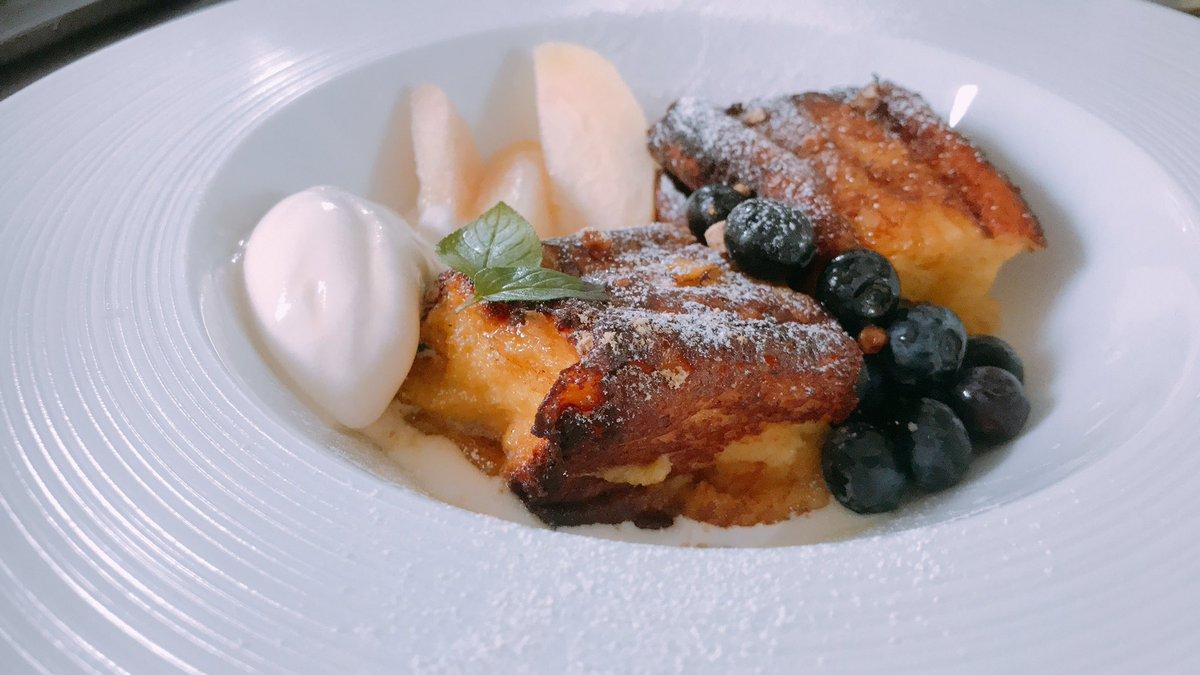 test ツイッターメディア - 今日のお昼ご飯兼おやつ✨  『和三盆を使った厚切りフレンチトースト 季節のフルーツ桃とブルーベリー、バニラアイスを添えて』  はい!長い〜(´∀`)← こんにちは!題名が長くてすみません😨説明を詰め込みましたw和三盆の上品な甘さとメープルシロップでパリトロなフレンチトーストが………っ🤤💖 https://t.co/dQj6EVw7Hg
