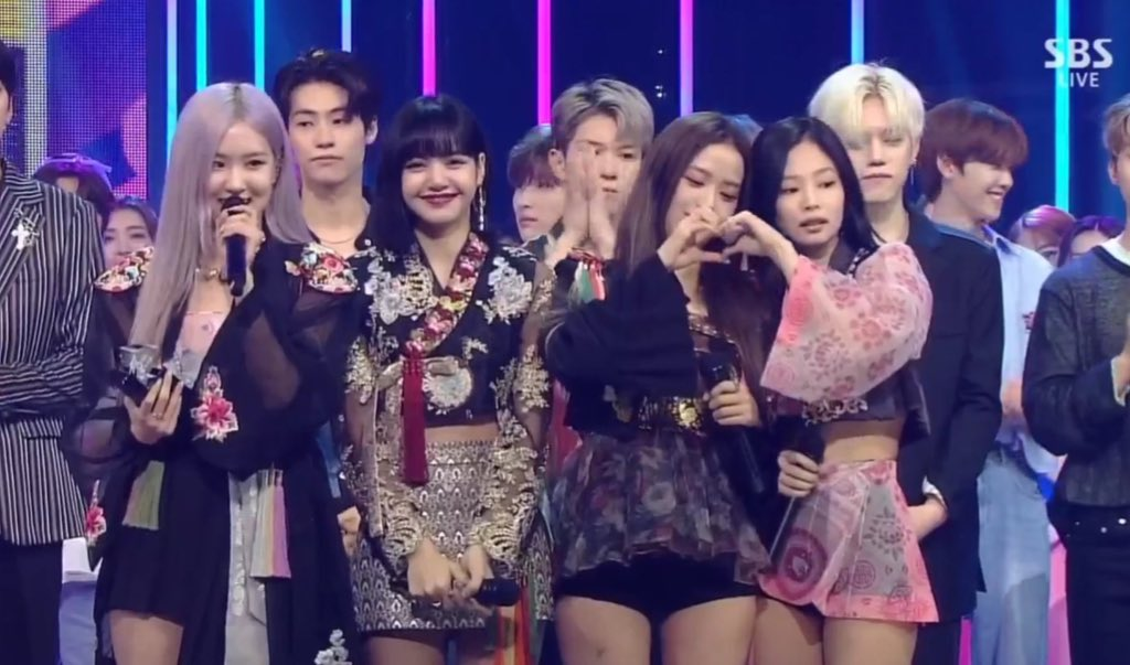 Congratulations #BLACKPINK 'How You Like That' for winning today's 1st Place on SBS INKIGAYO! 🏆🎉  #HYLT1stWin #HowYouLikeThat1stWin @BLACKPINK
