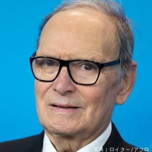 test ツイッターメディア - 【訃報】  イタリアを代表する世界的な映画音楽の巨匠で、「荒野の用心棒」「ニュー・シネマ・パラダイス」など、500本以上の長編映画の音楽を手掛けた #エンニオモリコーネ が昨夜亡くなりました。享年91歳。  心よりご冥福をお祈りします。その偉大なフィルモグラフィーは👉https://t.co/AsqdGqcb44 https://t.co/0g5jFamz4T