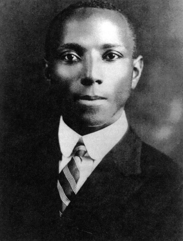 Happy #BlackBotanistsWeek! This week I honor #BlackBotanicalLegacy, beginning with Dr. Thomas Wyatt Turner. Turner was the first African American to receive a PhD in Botany, in 1921. He was chair or the Botany dept at Howard U, and a prof at Hampton U #HBCU @HowardU @_HamptonU