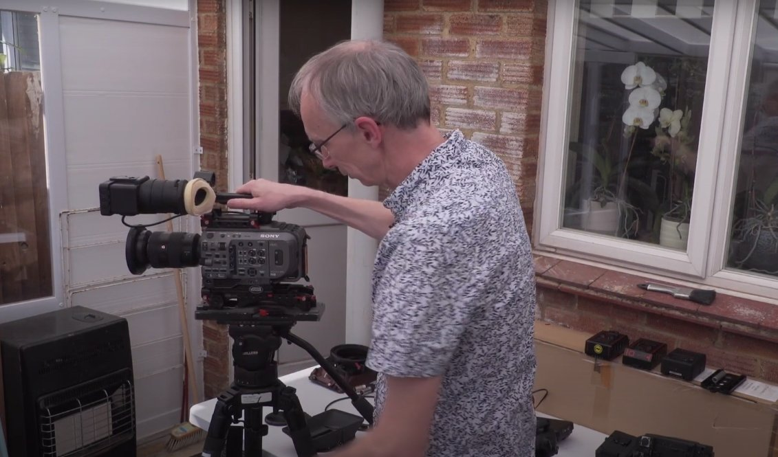 RT @sonyproeurope: Check our Sony Pro Ambassador Alister Chapman's video; he talks us through options for rigging the Sony PXW-FX9, using t…