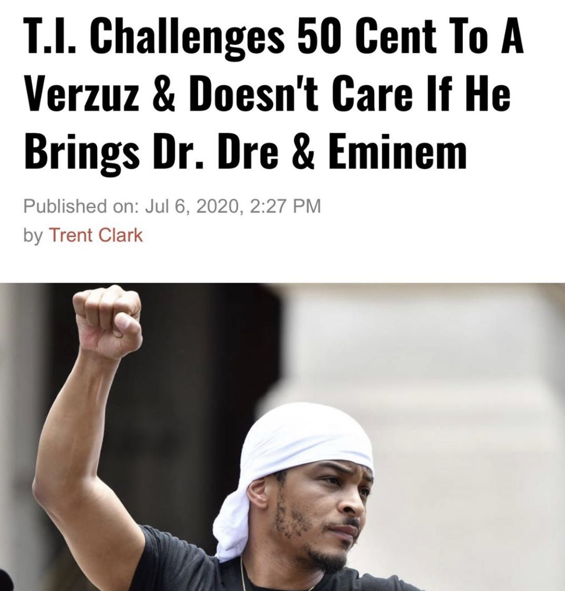 yo somebody passed TI the weed they gave smokey in Friday. LOL 😆