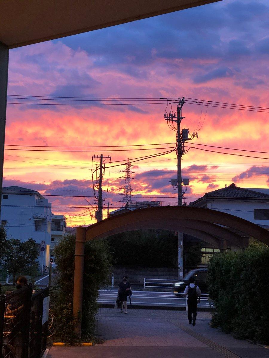 test ツイッターメディア - 夕焼け凄いな (@ アリオ橋本 - @ario_hashimoto in 相模原市, 神奈川県) https://t.co/gU4rFIKayH https://t.co/LzCd61v8Wb