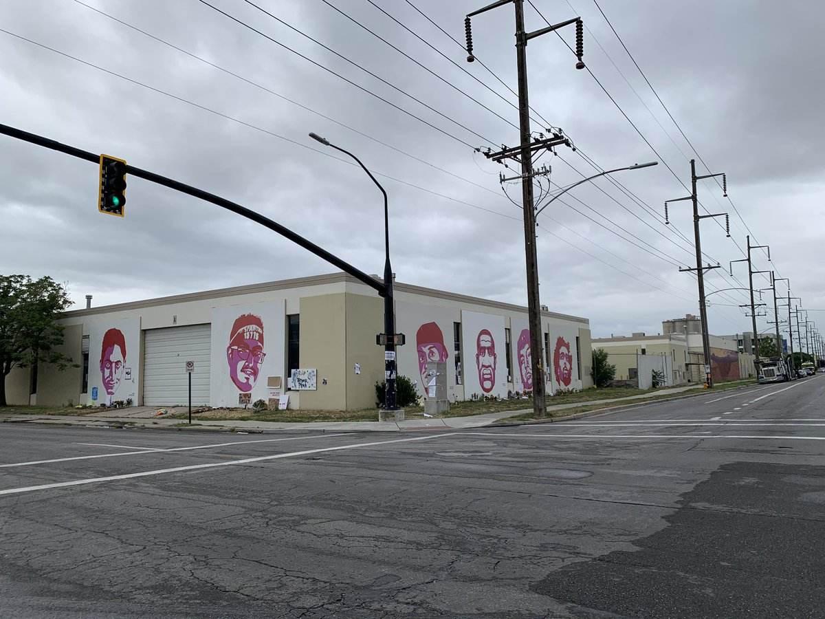 Most people have seen the George Floyd mural in downtown SLC, but may not know about the other murals alongside him that memorialize Utah victims of police violence. We should learn their names and their stories. Here's a thread: