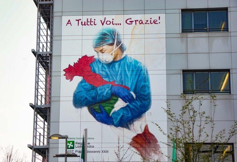 La #terapiaintensiva dell'ospedale #PapaGiovanni XXIII di #Bergamo é finalmente #COVIDFREE!  Un applauso a #medici #infermieri e personale sanitario che in questi 137 giorni si sono uniti in una forza unica per combattere un nemico terribile. SIETE STATI GRANDI, GRANDISSIMI👏