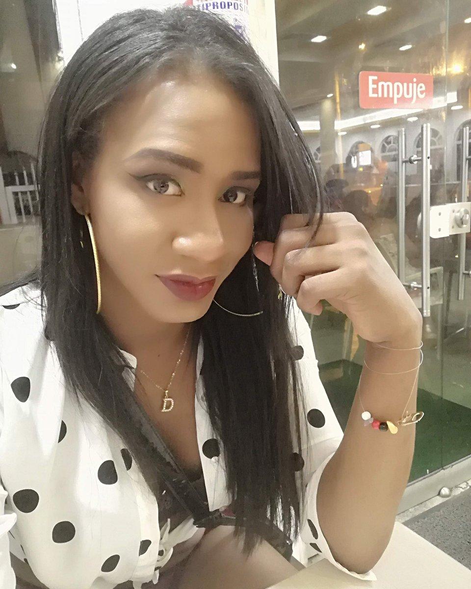 No sé cual es la clave del éxito, pero conozco la del fracaso: intentar gustar a toda la gente.#transgender #trans #translivesmatter #blacktranslivesmatter #blacklivesmatter #queer  #celebratemysize #honormycurves  #bodypositive #transmodel #newyork #transmodel #naturalhair