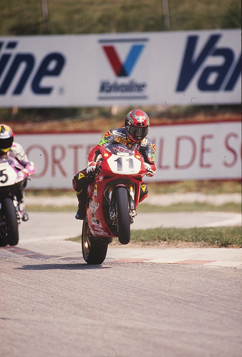 test Twitter Media - #Onthisday in 1995 at Salzburgring Race 2 @TroyCorser11 took his first win in WorldSBK after thrilling battle with @carlfogarty on the last lap.  #WorldSBK https://t.co/7ePbeqMYaf
