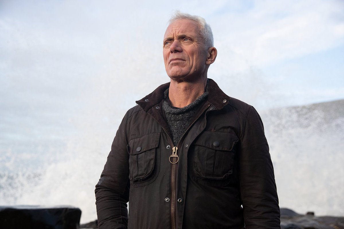 Are scientists on the cusp of explaining one of the greatest mysteries of all time – the enigma of the Bermuda Triangle? #JeremyWade investigates in #MysteriesoftheDeep tonight 9PM on @DiscoveryUK  #MOTD #NotFootball https://t.co/n3uUHyX9gY