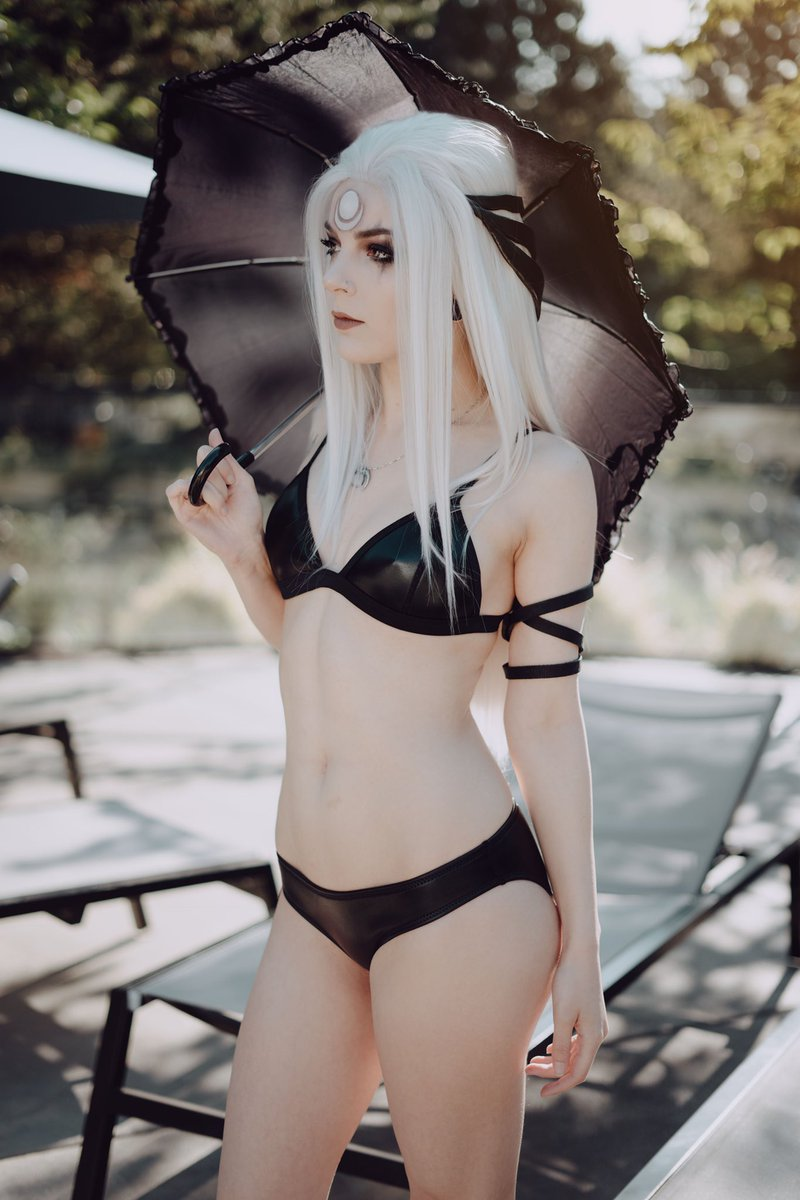 Remember when I did swimsuit Diana? Probably not, I forgot too lol 🌚 Photos by @Rudyphototaker ✨