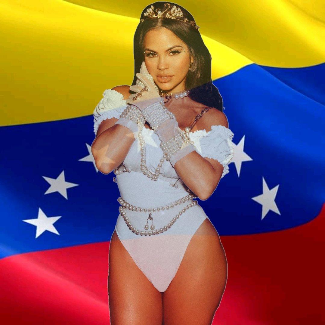 #NuevaFotoDePerfila Buen día ❤️ desde VENEZUELA 🇻🇪 les deseamos a todos un buen amanecer 🌟🌤️ #TeamNatti #Venezuela #Nattinatasha