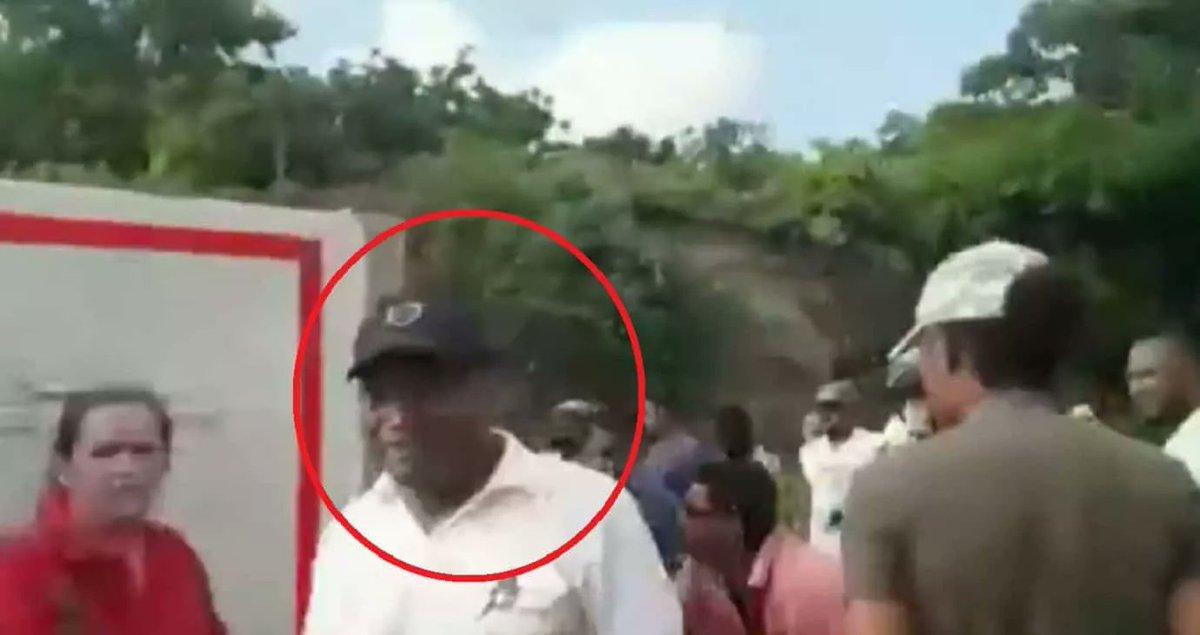 """#Video """"No me quiten lo que tengo"""": llorando, conductor rogó para que no saquearan camión"""