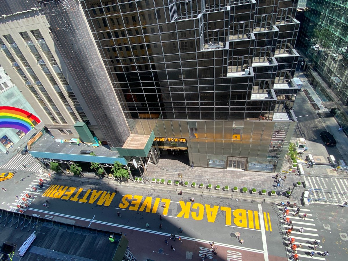 Trump Tower is now bordered by a huge #BlackLivesMatter banner in the front and a giant #LGBTQpride rainbow 🌈 on one side. I think an enormous #MeToo mural would look great on the other side!