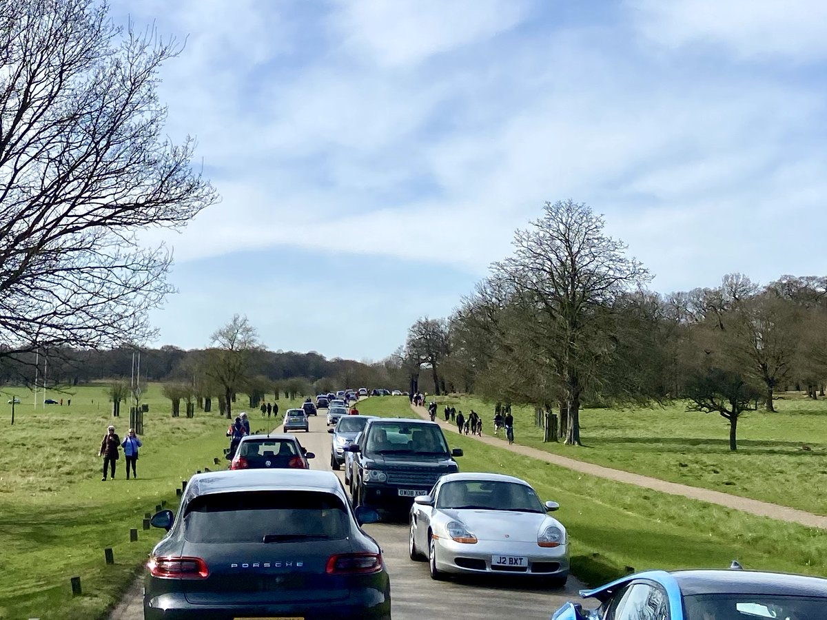 test Twitter Media - Royal Parks to restrict motor traffic in cycling hotspots  We know which version of Richmond Park we prefer...  https://t.co/VUBg2t02vU https://t.co/UrO1rMHV0Y