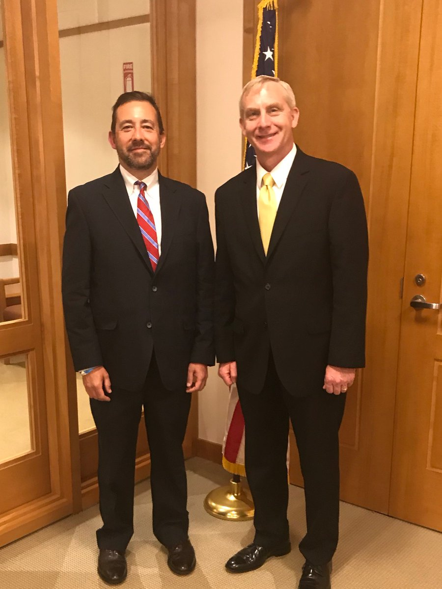 Changing of the guard today @EDNYnews.  Seth D. DuCharme, the new Acting United States Attorney with outgoing USA Richard P. Donoghue who heads to Main Justice on Monday as Principal Associate Deputy Attorney General.  @USAttorneys