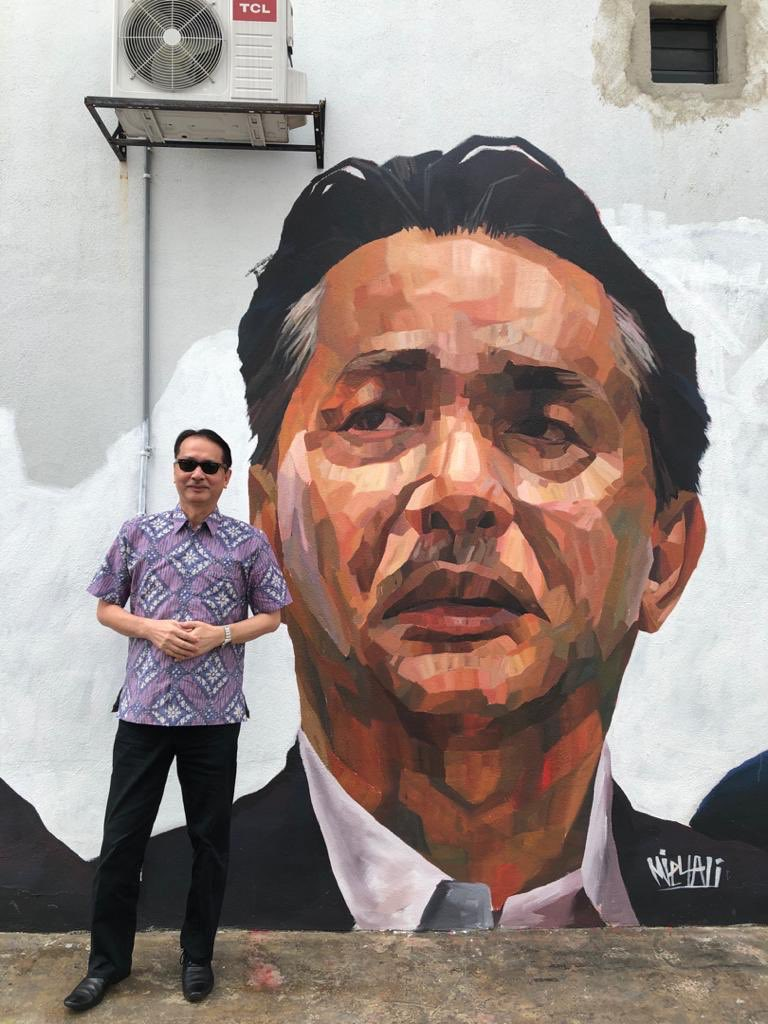 I was there this morning & I felt the strong patriotic spirit among Malaysians. I would like to express my deep appreciation to all the brilliant talented artists with their extraordinary skills & artworks. It goes to show that everyone has a role in this pandemic crisis