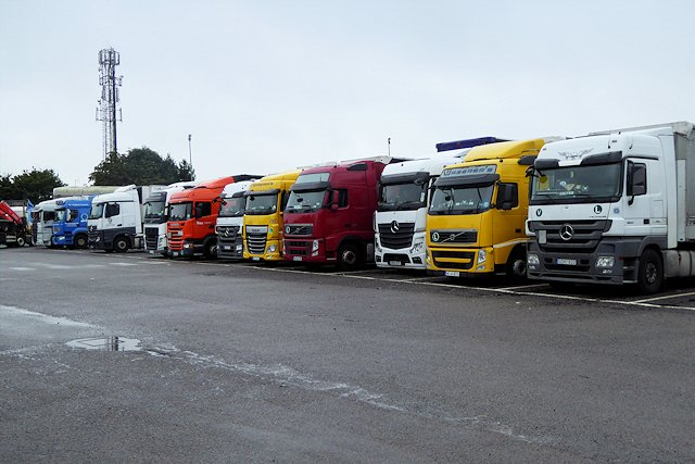 'It's unfair to Ashford... it will be hugely disruptive for everyone in the area'  @DamianGreen speaks out against the government's plan for #Brexit holding centre catering for thousands of lorries   Read more:
