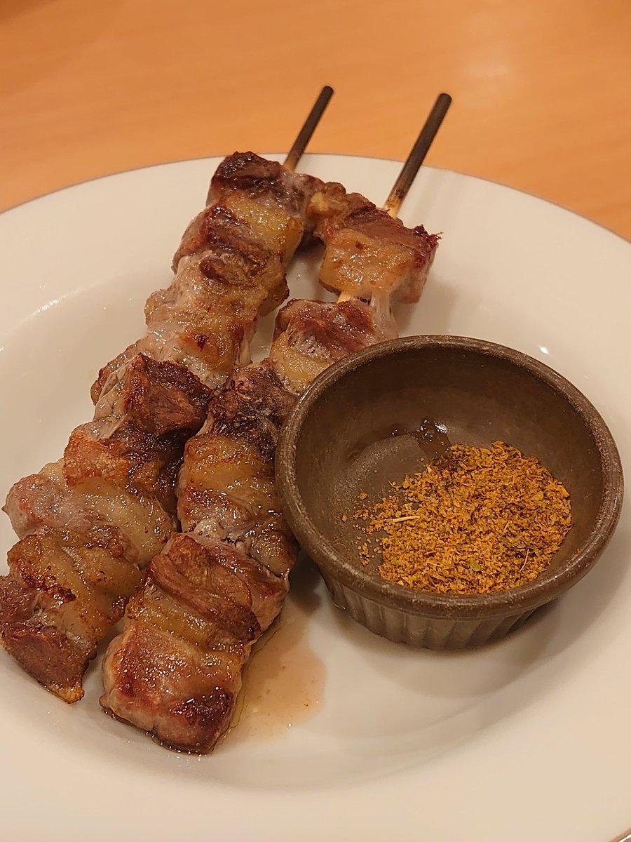 test ツイッターメディア - サイゼリヤのラム肉頼んでみたけどこれ美味いの? あと画質良すぎてメニューの写真みたいになってる https://t.co/YeEY6QHHyi