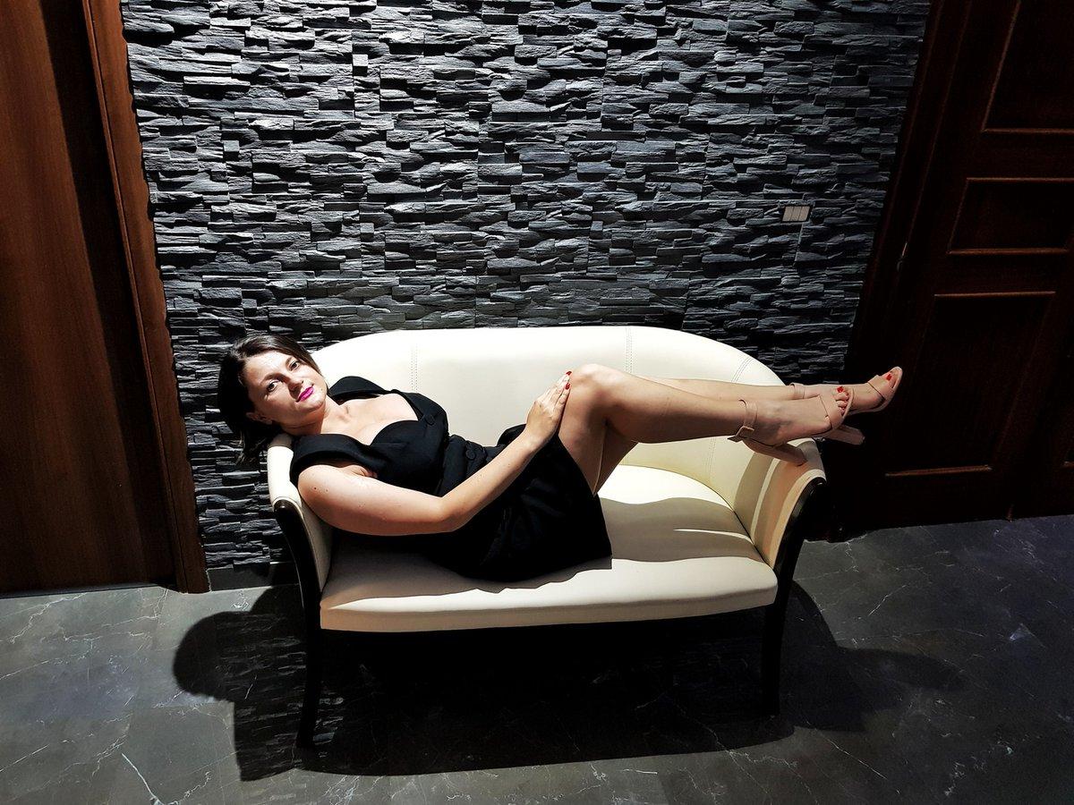 #SexySaturday #MustFollow  ❤️@NatashaVega_xo❤️  #online📽️  Please #𝐅𝐨𝐥𝐥𝐨𝐰 & #𝐑𝐓