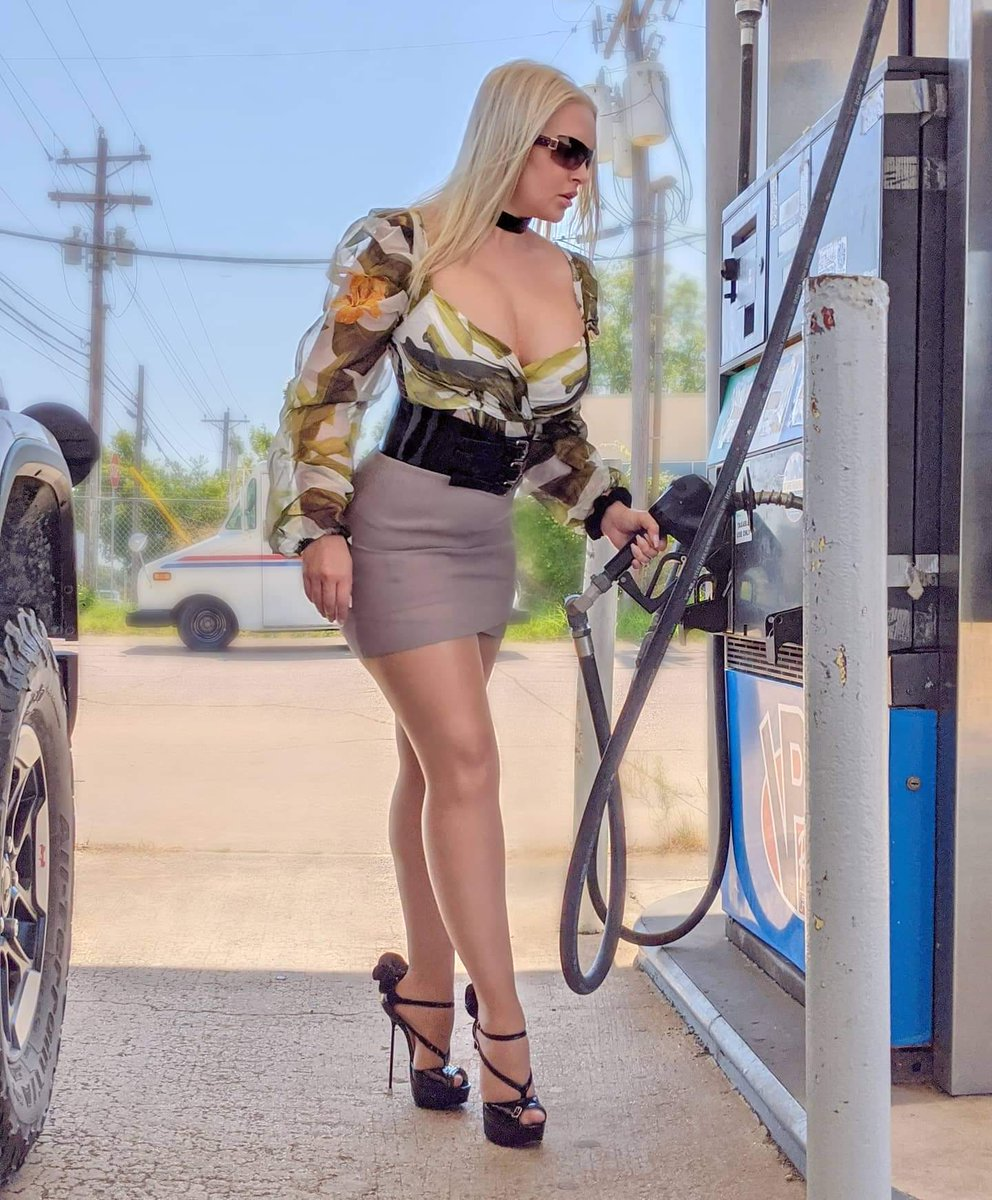 👸🏼 I'm always happy to pump a well-oiled machine. 🚘 ⛽ 👠 ➡️