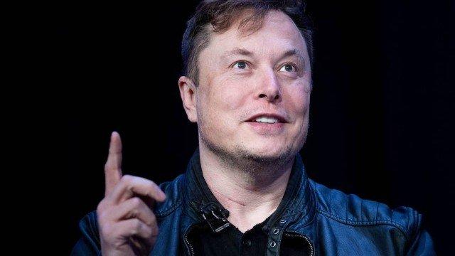 Elon Musk já é o sétimo mais rico do mundo.