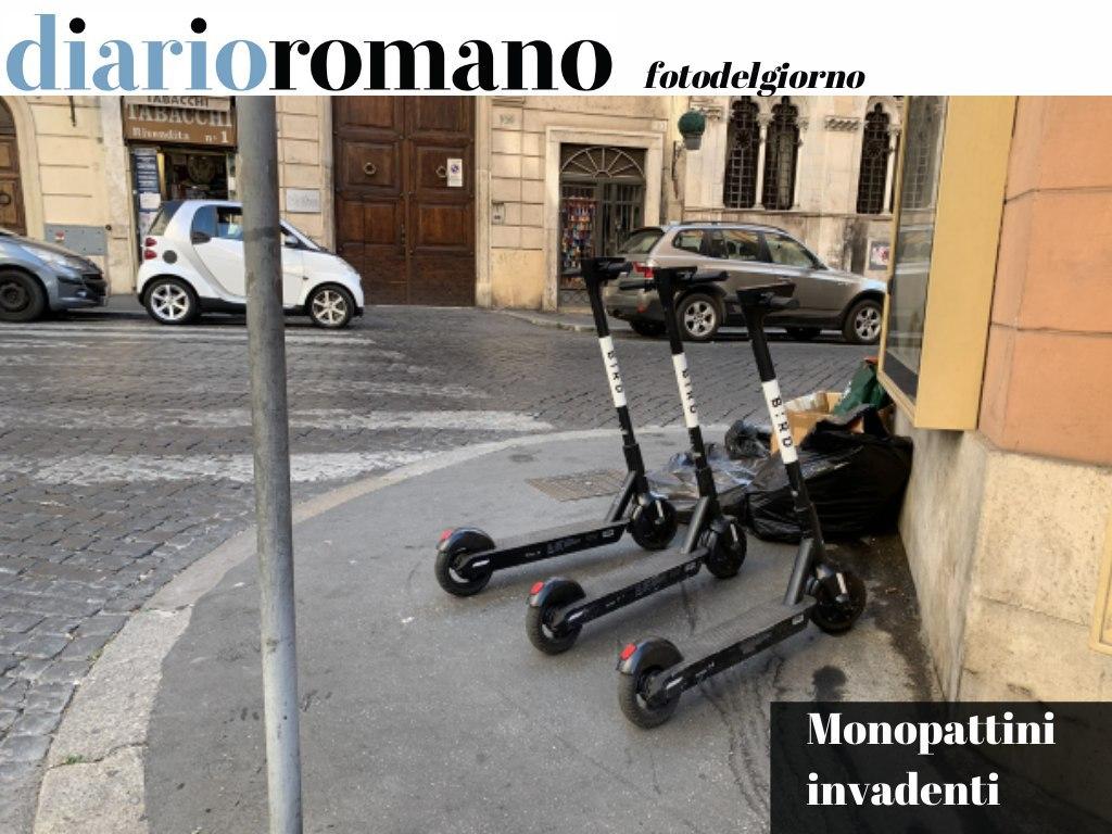 test Twitter Media - Quanto ci metterà l'https://t.co/qjcIhUWF4T a capire che a Roma i #monopattini non possono essere gestiti in questo modo? Marciapiedi già risicati vengono occupati da decine di mezzi. . #Roma #foto #lettori 📸 https://t.co/B5KdGpJ7Ik
