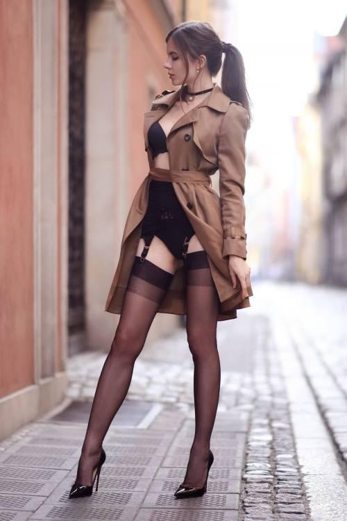 #stockings #legs #feet #nylons #pantyhose #highheels