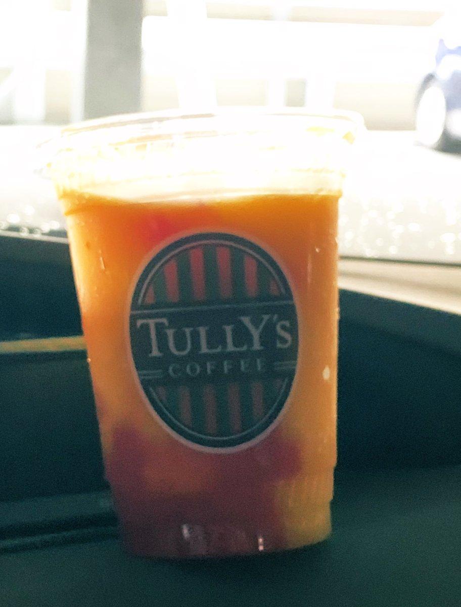 test ツイッターメディア - #カオニャオマムアン  ゲットぉぉぉぉぉ💕😂 お持ち帰りしてきた💕 凍ってたマンゴーがちょうどよく解凍された❤️ フォークしか付いてなかった😂 スプーン〜😫 #タリーズコーヒー https://t.co/Vm7j7U1bkg