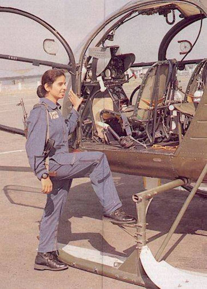 On This #KargilVijayDiwas2020 Remembering The First Women Air Force Warriors Gunjan Saxena & Srividya Rajan Who Fought In Kargil War.  Respect #IndianArmy Jai Hind 🇮🇳💙